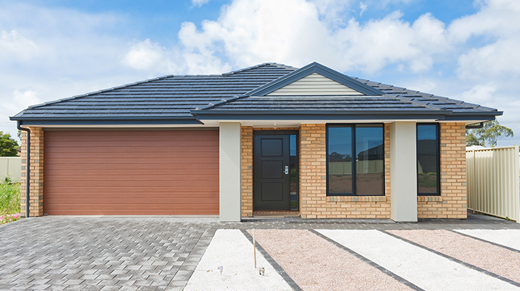Roof Restoration | Gold Coast | 4 simple ways to improve your curb appeal